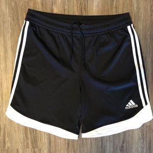 Men's Adidas Basketball Shorts Large
